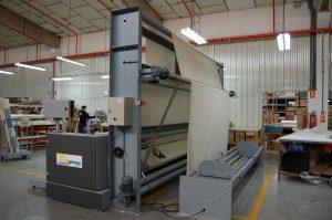 Máquina de inspección, doblar, bobinar y embalar tejidos